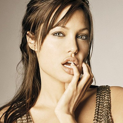 Angelina Jolie 2 - wf93