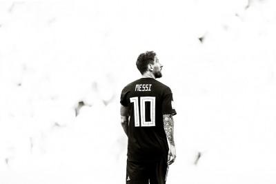 Lionel Messi - wf1124