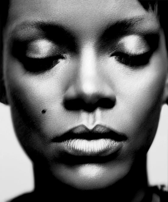 Rihanna  - wf1553